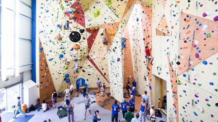 Wie wäre es mit einer gemeinsamen Kletterpartie als Teamevent?