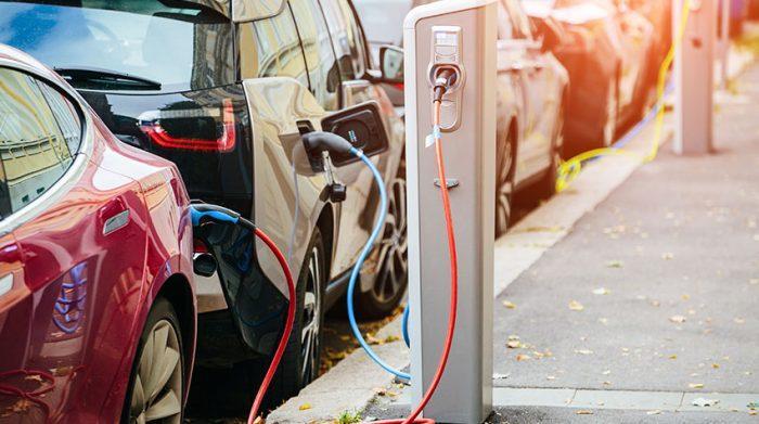 Elektroautos sind nicht uneingeschränkt umweltfreundlich. © Shutterstock, Scharfsinn