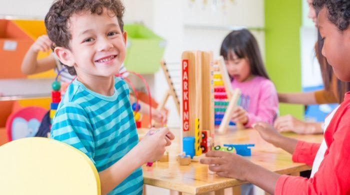 Kindergärten sind eine Institution, die aus unserer Gesellschaft nicht mehr wegzudenken sind. © Shutterstock, weedezign